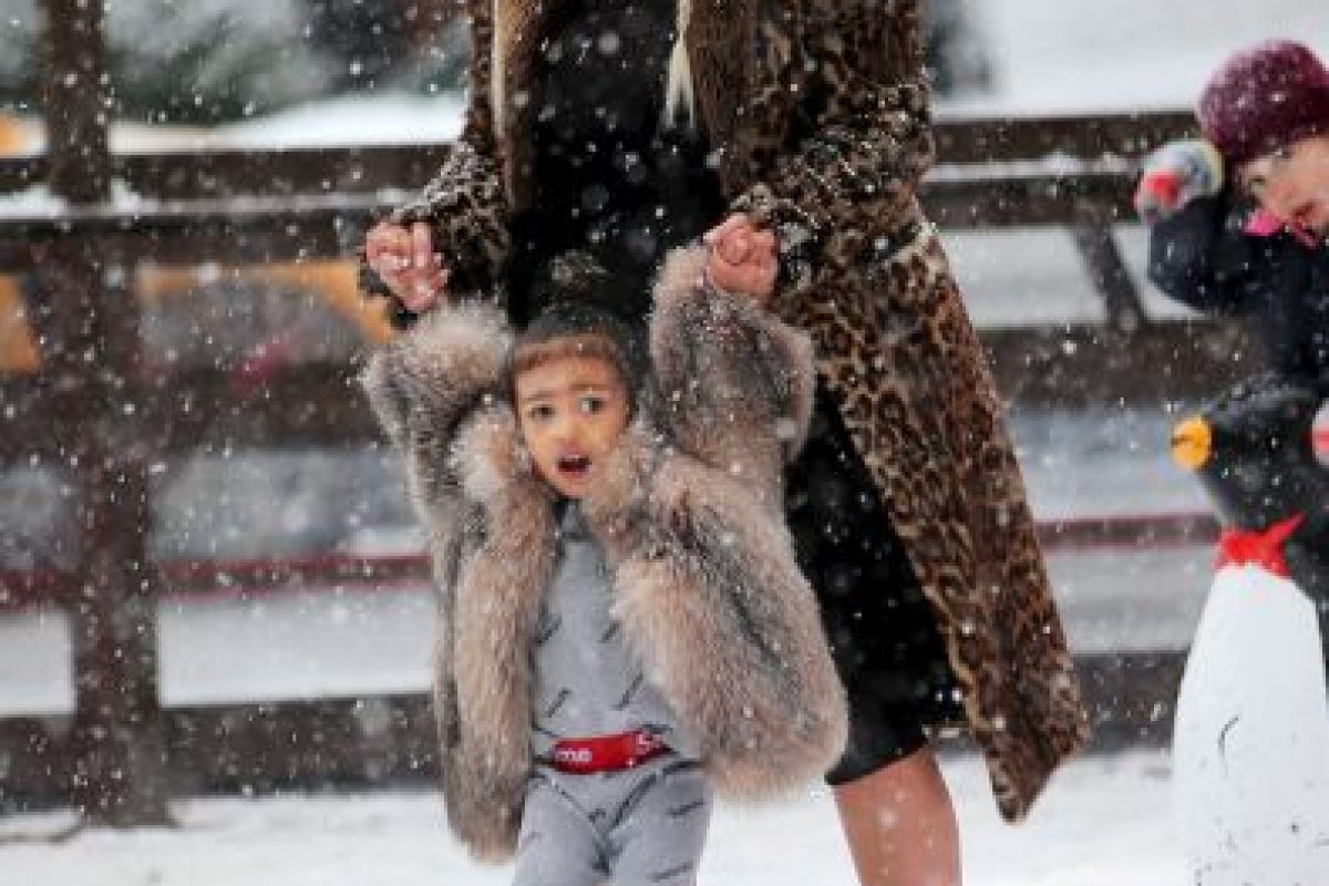 Kim Kardashian y North West Foto: Grosby Group. Imagen Por: