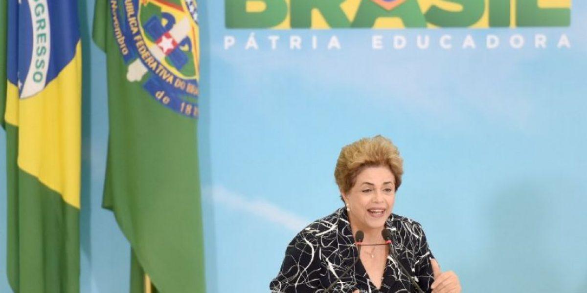 Rousseff sugiere que se hagan elecciones para