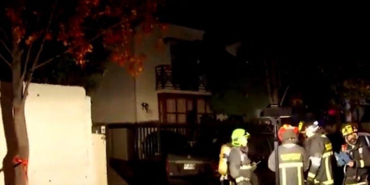 Cinco afectados dejó escape de monóxido de carbono en vivienda de Las Condes