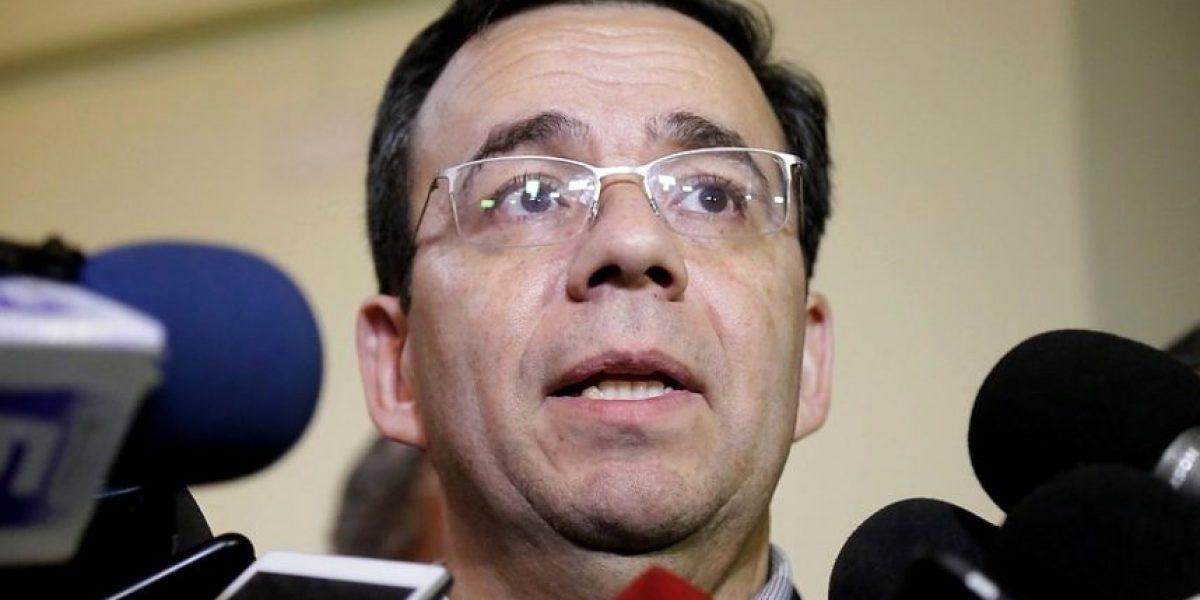 Ministro Céspedes advierte a pescadores que