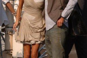 Los Beckham como nuevos ricos. Siguen siendo sexis, pero ahora tienen estilo. Foto:vía Getty Images. Imagen Por: