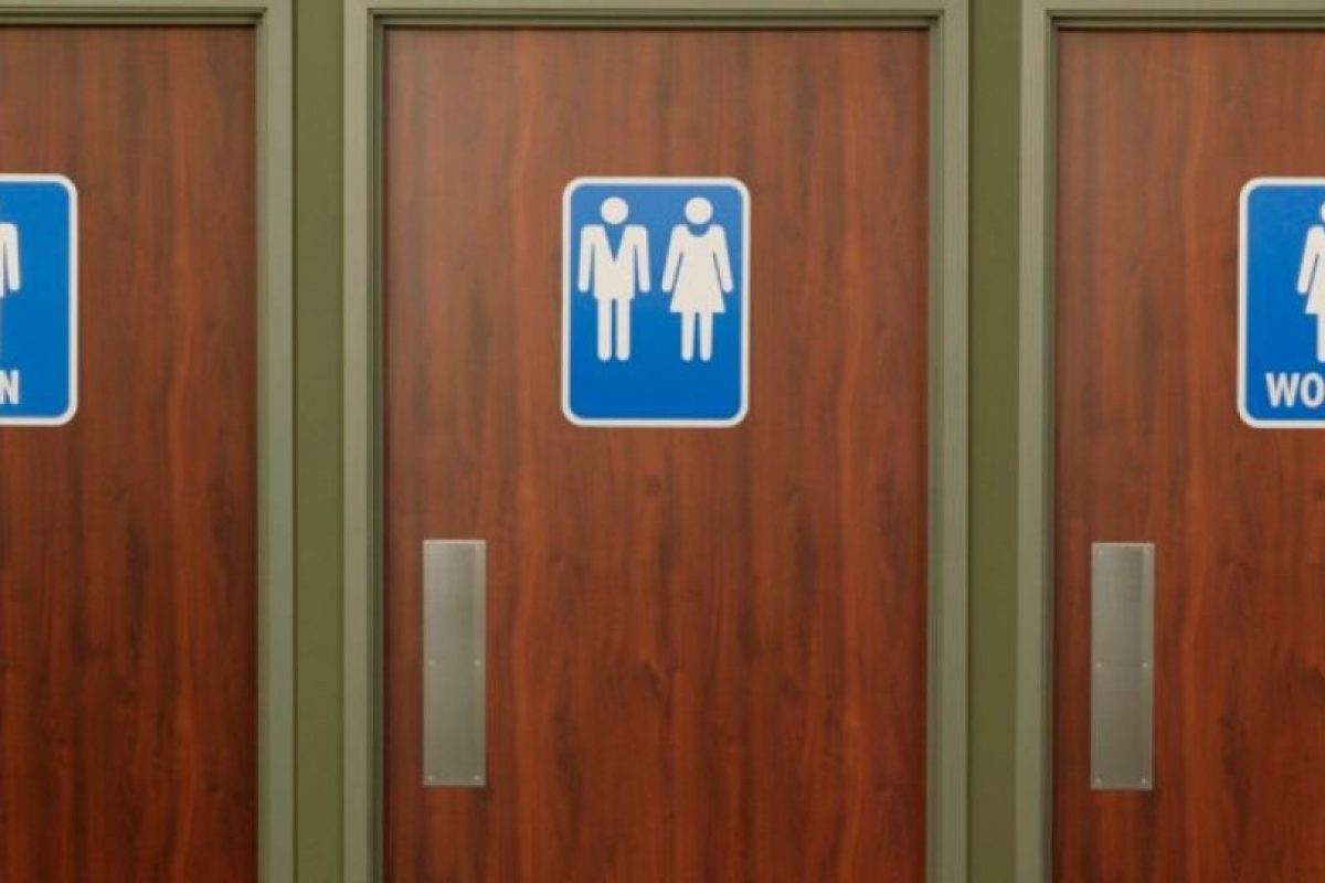 Carolina del norte y gobierno de obama se enfrentan por - Banos publicos gay ...
