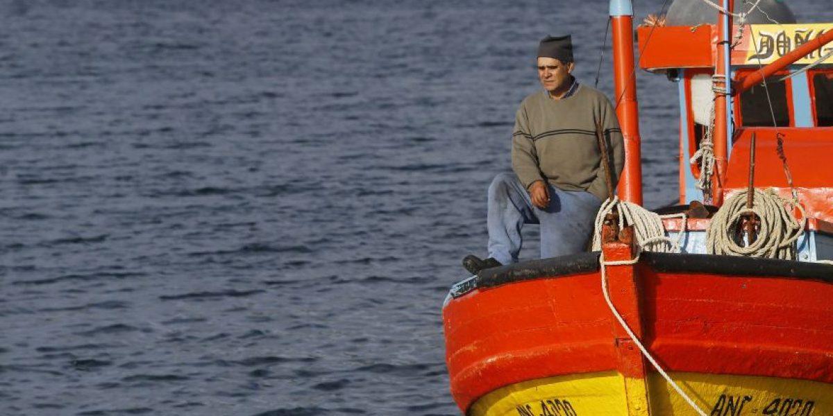 Pescador y crisis por la marea roja: