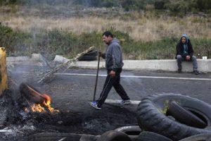 CALBUCO Pescadores se toman Ruta a Pargua Foto:Agencia Uno. Imagen Por: