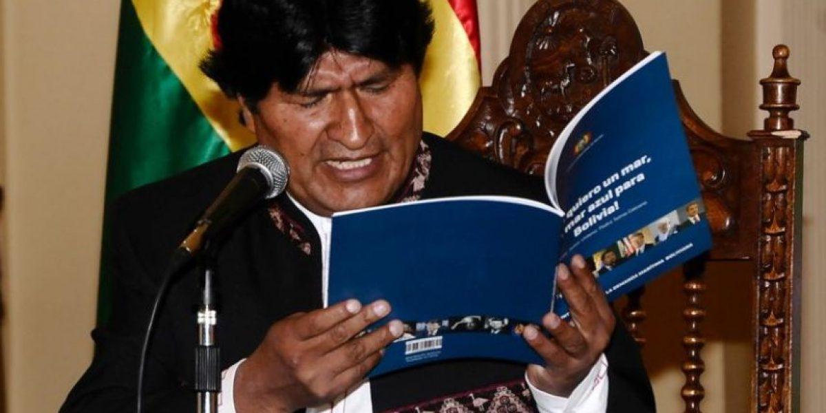 """Morales en Twitter: """"Somos un pueblo pacifista, respetamos la vida. No habrá guerra"""""""