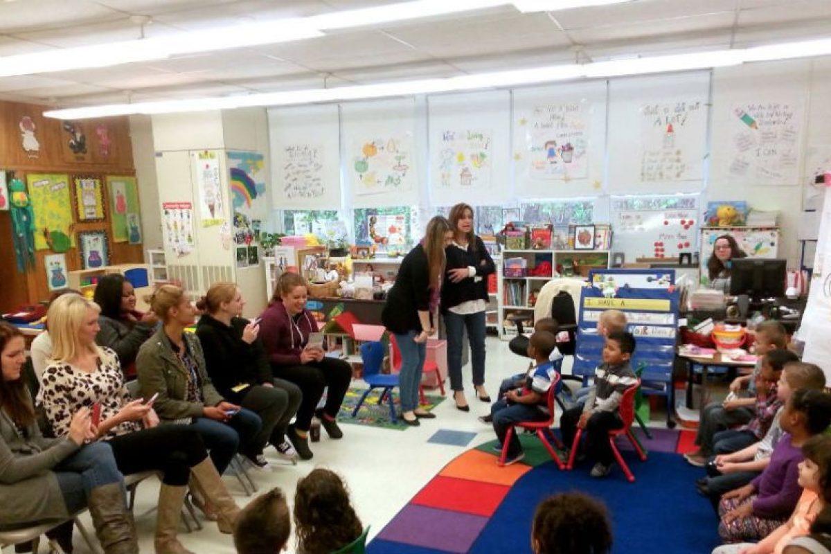 Ella aseguró al diario Huffington Post lo bien que siente ser apreciada. Foto:facebook.com/WoodburyCityPublicSchools. Imagen Por: