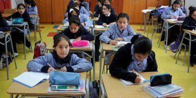 Diputada UDI pide al Mineduc buscar fórmula para disminuir envío de tareas escolares