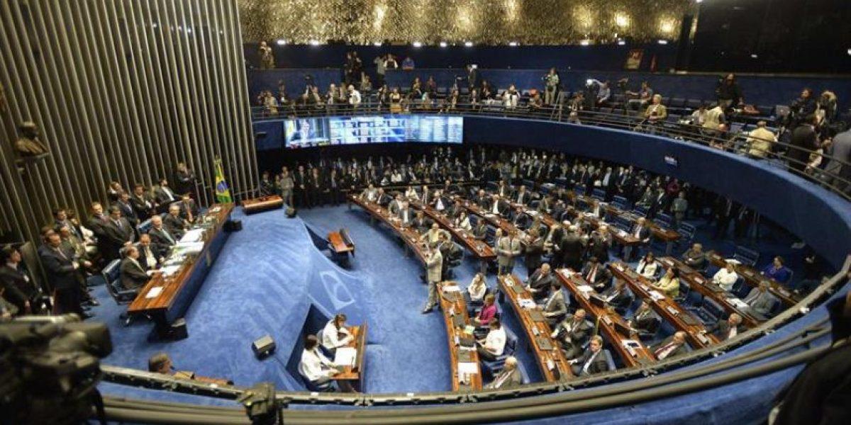 ¿Por qué el senado aprobó suspender a Dilma Rousseff por 180 días?