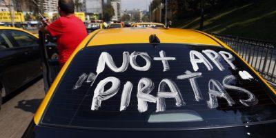 En regiones también: así las redes sociales viven el paro de taxistas