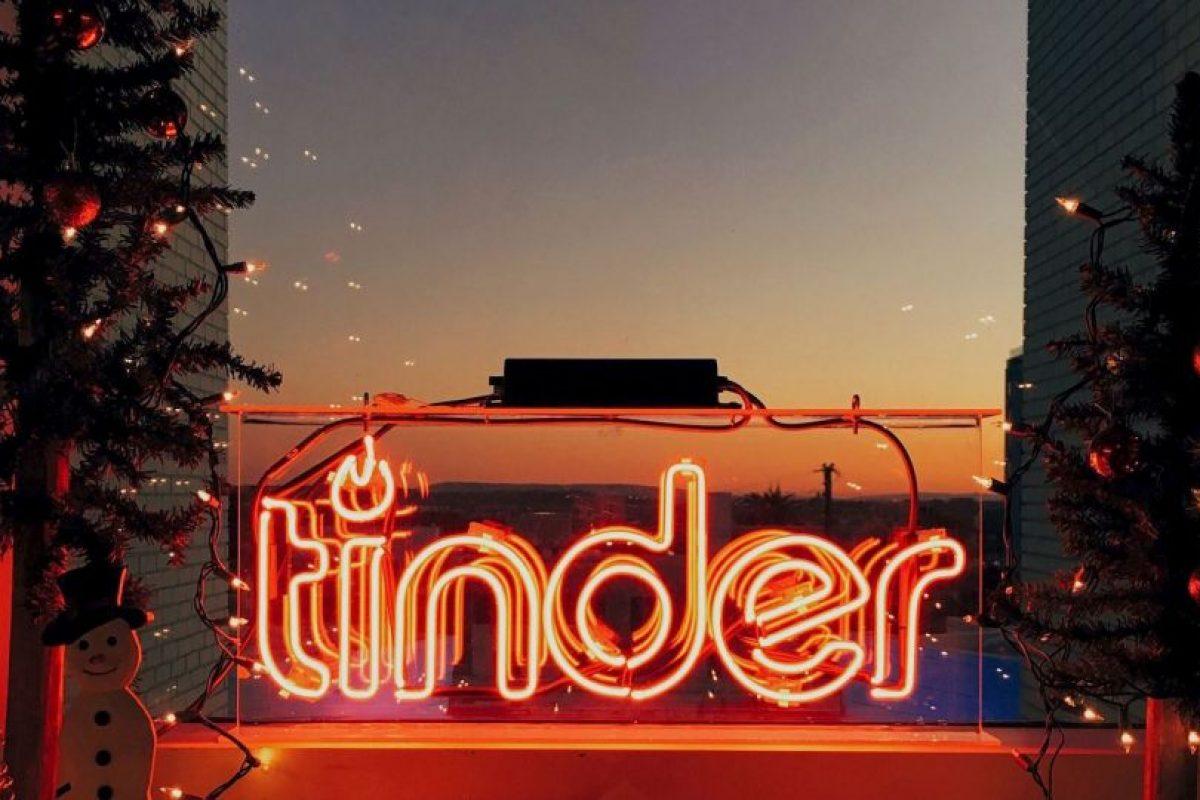 2. Empresario Foto:Facebook.com/tinder. Imagen Por: