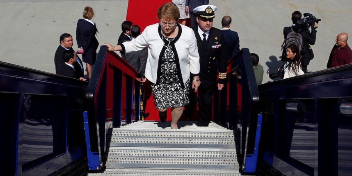 Bachelet por cielo, tierra y agua