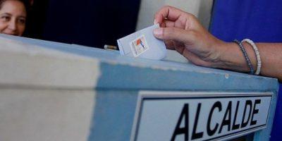 Consejo Directivo del Servel decidió pedir cambio de plazos para primarias