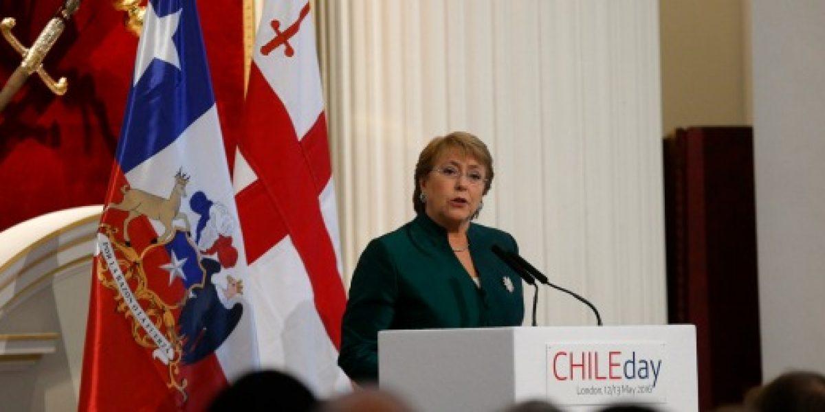 Presidenta Bachelet llamó a empresarios británicos a invertir en Chile