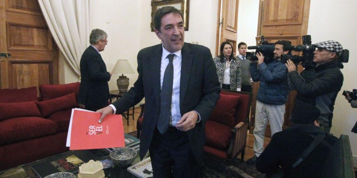 Directivos del Servel se reúnen con ministro (s) Aleuy para evaluar reprogramación de primarias