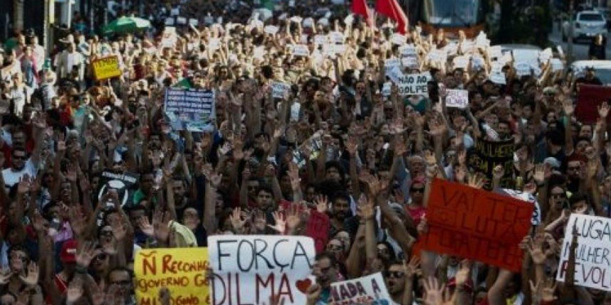 ¡Fuera Temer!: manifestación pide regreso de Rousseff al poder