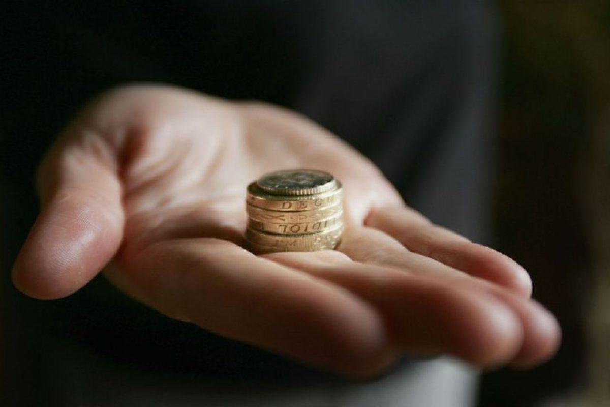 Junto a su pareja, diseñen una tabla de gastos fijos y aclaren quién se hará cargo de qué. Foto:Getty Images. Imagen Por: