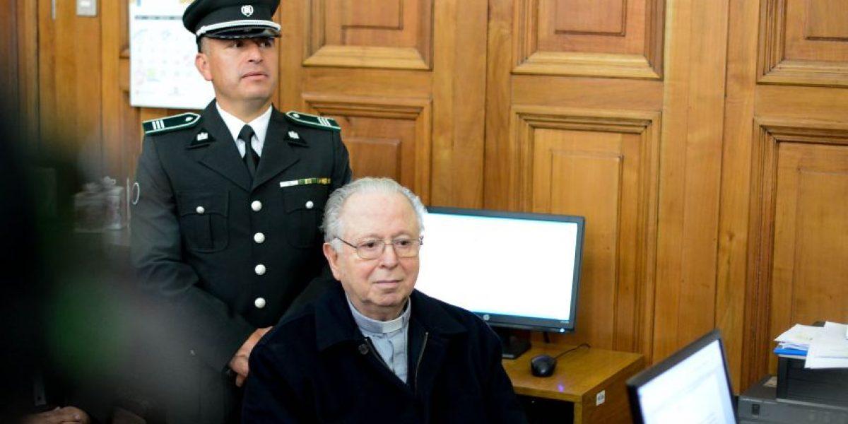 Alcaldesa de Providencia busca revocar título de hijo ilustre a Fernando Karadima