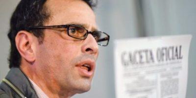 Capriles llama a militares a decidirse por Maduro o la Constitución venezolana