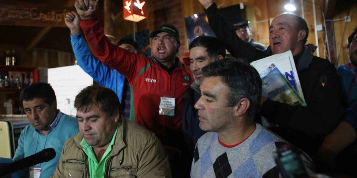 Marea roja: pescadores de Ancud deciden mantener movilización y bloqueos