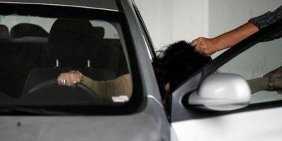 Peñaflor: delincuente robó un vehículo con un menor de dos años en su interior