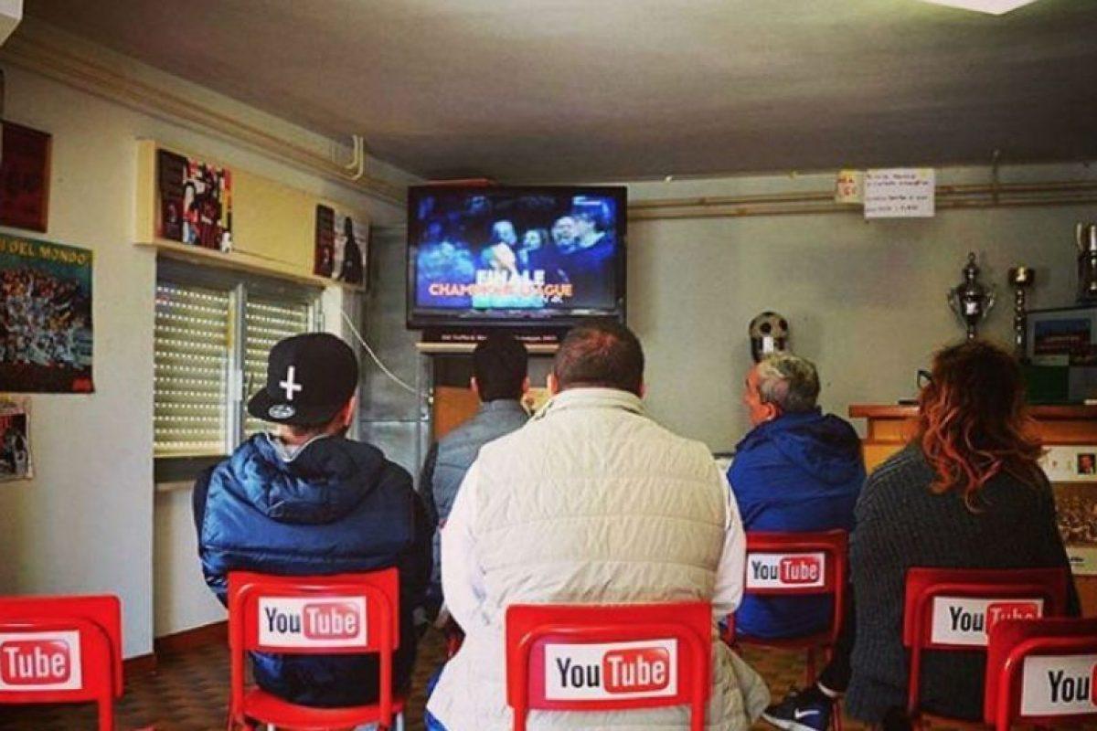 Ver la televisión en lugar de YouTube. Foto:instagram.com/biancoshock/. Imagen Por: