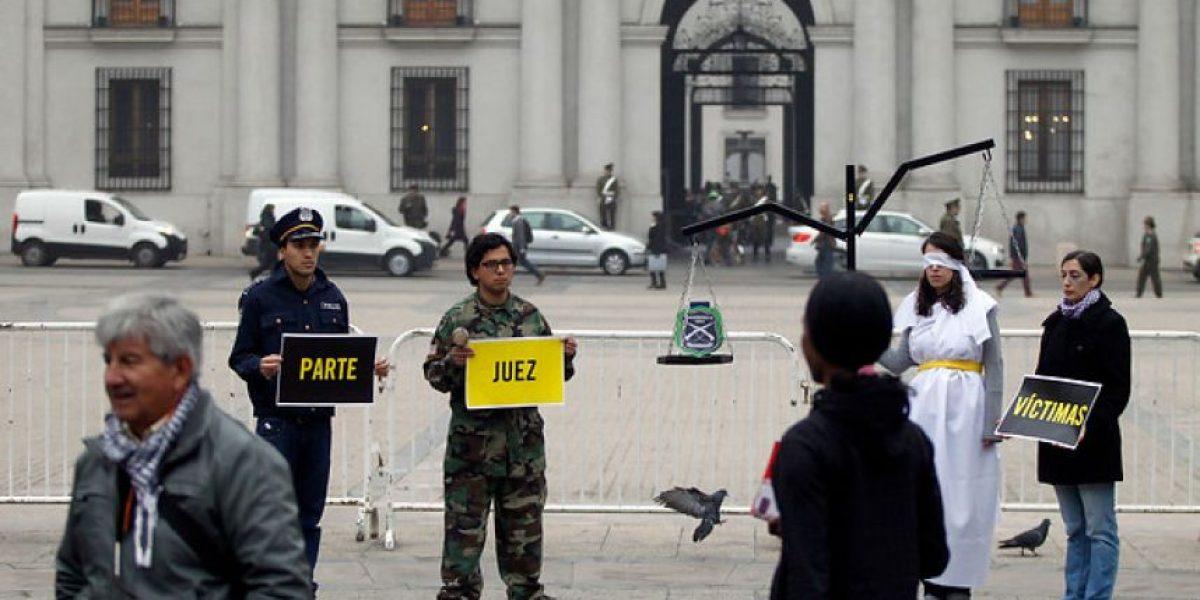 Con más de 11 mil firmas pide que casos de DDHH no pasen a Justicia Militar