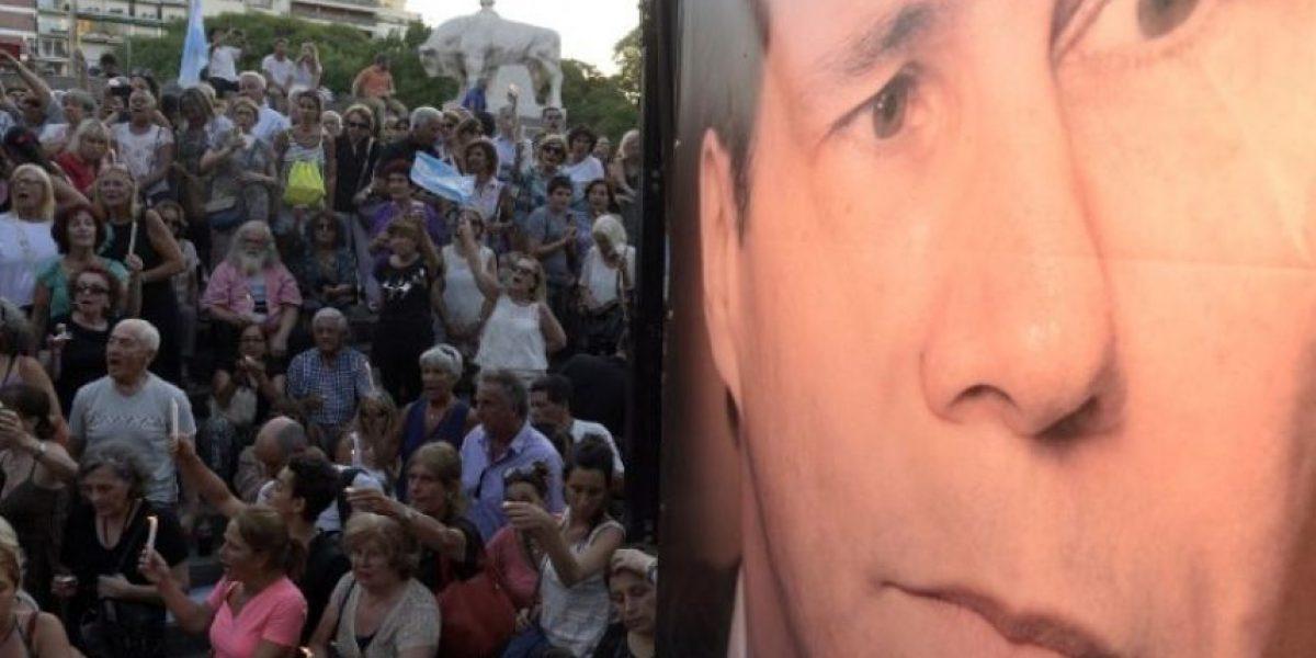 Sale a la luz llamada de madre de Nisman a emergencias cuando lo halló muerto