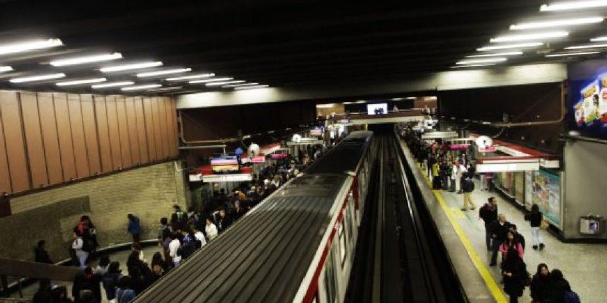 Metro de Santiago interrumpe servicio en tres estaciones de Línea 5 por