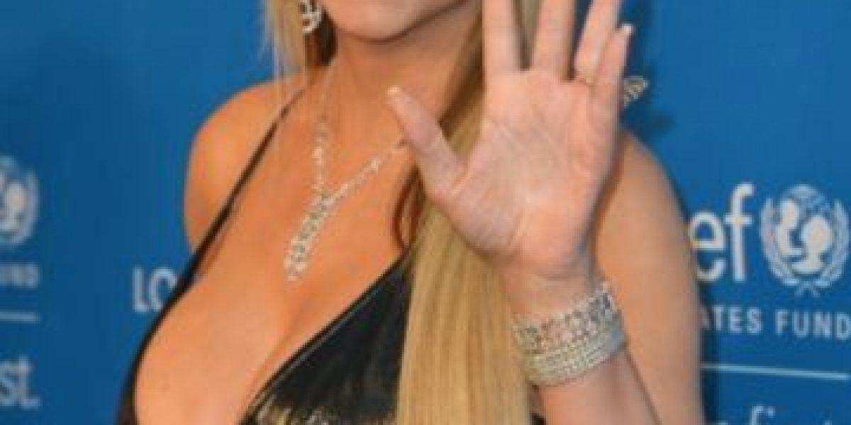 Mariah Carey muestra que a sus 46 años no sabe usar tacones