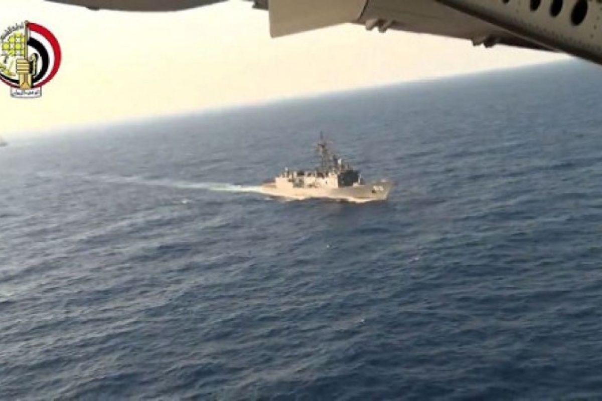 Autoridades continúan buscando restos del avión. Foto:AFP. Imagen Por: