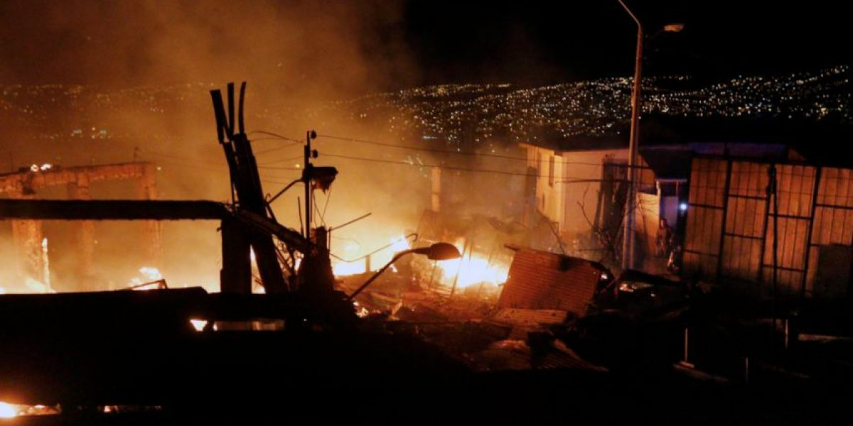 Mulchén: prisión preventiva para sujeto que incendió casa con su pareja e hija al interior