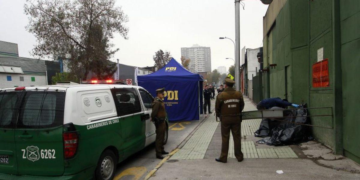 Brutal crimen: mujer transexual es asesinada a puñaladas en pleno centro de Santiago