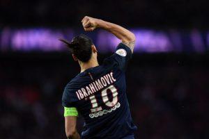 El delantero Zlatan Ibrahimovic se despidió del PSG francés. Foto:FRANCK FIFE / AFP. Imagen Por: