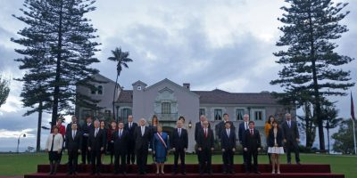 La lluvia no impidió realización de la foto oficial de la Presidenta con su gabinete