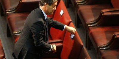 Una foto lo delató: por esta razón el diputado Lorenzini intentó cambiar su lugar