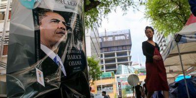 Barack Obama llega a Hanói para una visita de tres días