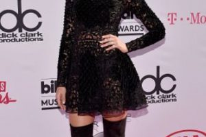 Jessica Alba como niña gótica wannabe Foto:vía Getty Images. Imagen Por: