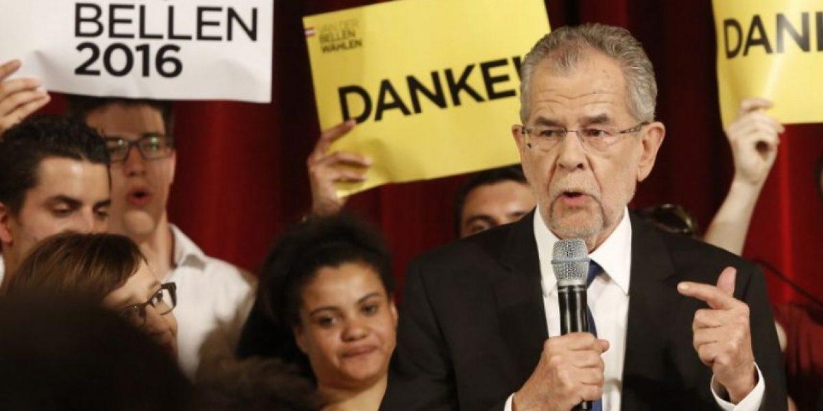 Ecologista es elegido nuevo presidente de Austria tras reñida elección