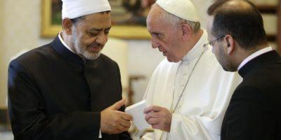 Reunión histórica del papa Francisco con el gran imán Ahmed al Tayeb en el Vaticano