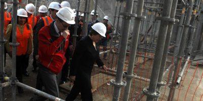 Bachelet anuncia que Metro funcionará con un 60% de energías renovables