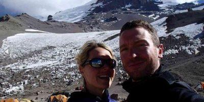 Alpinista llegó a la cima del Everest y murió frente a su esposo