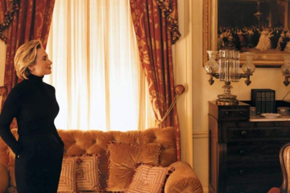 Marc Jacobs diseñó las camisetas de campaña de Hillary que usó gente como Anna Wintour. Foto:vía Vogue. Imagen Por: