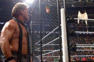 "Chris Jericho perdió el ""Asylum Match"" ante Dean Ambrose Foto:WWE. Imagen Por:"