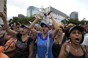 Ha pedido a la oposición que deje de molestarlo y lo dejen trabajar tranquilo. Foto:AP. Imagen Por: