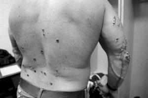 Y así quedó su cuerpo. Foto:WWE. Imagen Por: