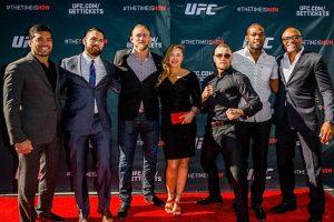 Ambos coincidieron en las previas de UFC 189. Foto:Getty Images. Imagen Por: