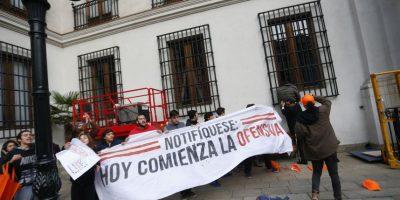 Fiscalía sólo citará por desórdenes simples a los 32 detenidos en La Moneda