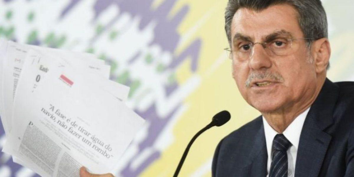 Brasil: renuncia ministro que había pedido licencia por escándalo en Petrobras