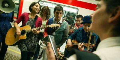 Más de 100 inscritos en una semana en el programa de Metro para artistas callejeros