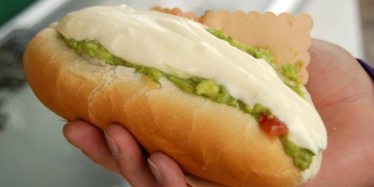 Marcas celebran Día del Hot Dog con sabrosos descuentos